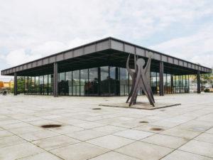 Здание Новой национальной галереи в Берлине, архитекторЛюдвигМисван дер Роэ